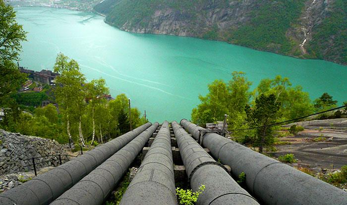 Hydroélectricité : les conduites forcées de l'entreprise Bouchayer-Viallet à Grenoble