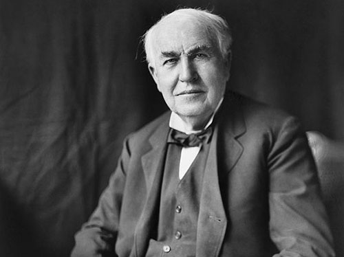 Fig. 7 : Thomas Edison - Source : Louis Bachrach, Bachrach Studios, restored by Michel Vuijlsteke, Library of Congress, via Wikimedia Commons