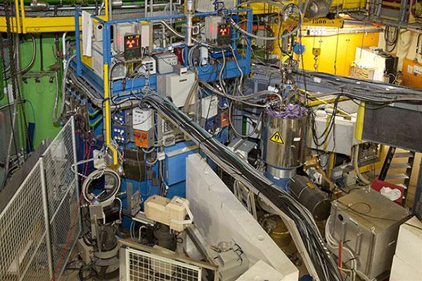 Fig. 11 : Diffractomètres à Orphée – Source : Commissariat à l'énergie atomique et aux énergies alternatives (CEA)