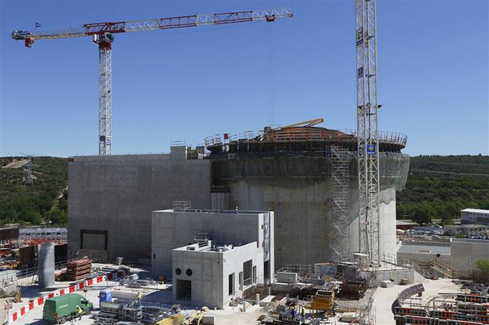 Fig. 13 : Réacteur RJH mars 2014 – Source : Commissariat à l'énergie atomique et aux énergies alternatives (CEA)