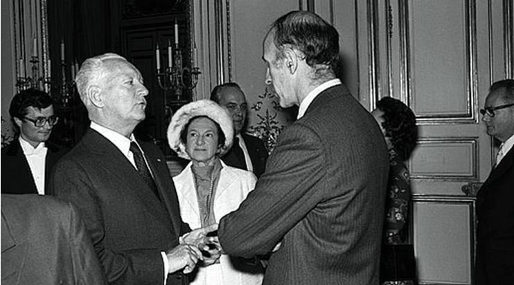 Fig. 2 : Le Premier Ministre Pierre Messmer qui a laissé son nom au grand programme nucléaire. de 1974.