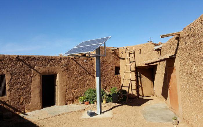 Fig. 5 : L'électrification solaire décentralisée au Maroc. Source : Bladi.net