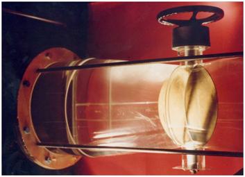 Fig. 9 : Cavitation de mélange en aval d'une vanne papillon