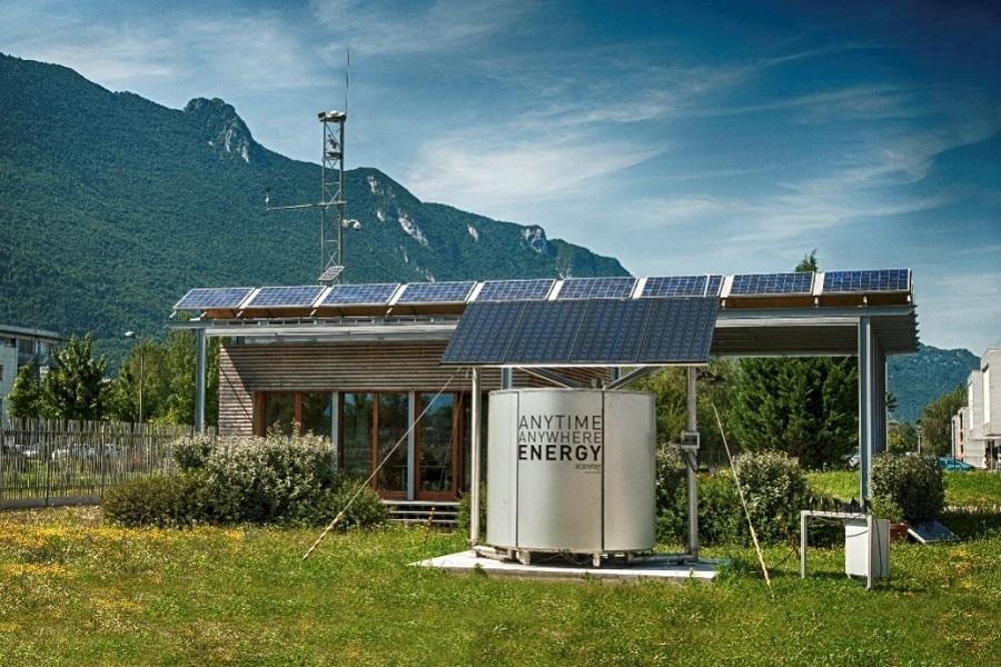 Fig. 6 : Couplage de panneaux solaire et de la solution de stockage Atawey