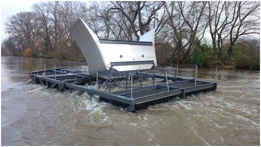 Fig. 3 : Hydrolienne partiellement immergée à Orléans – Source : Hydroquest
