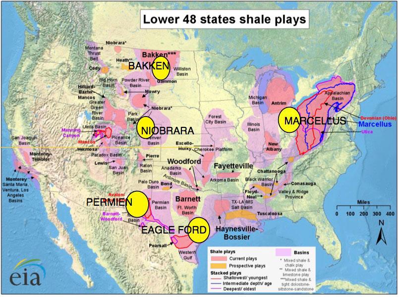 Fig. 4 : Extension des oil and gas shales aux Etats-Unis. Rajoutés en jaune, les quatre formations (plays) produisant la plus grande partie du tight oil (pétrole non-conventionnel). Remarquer l'immensité des surfaces occupées par ces formations - Source: U.S. Energy Information Administration (Fev 2017)