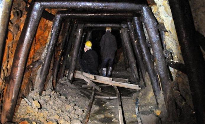 Fig. 3 : Mine exploitée traditionnellement en Chine. – Source : aa.com.fr