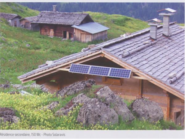 Fig. 9 : Exemples de SHS : « Solar Home Systems » (b)