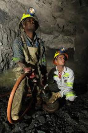 Les industries du charbon minéral en Afrique : histoire et perspectives