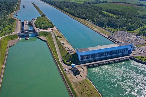 Hydroélectricité au fil de l'eau : du projet à l'exploitation