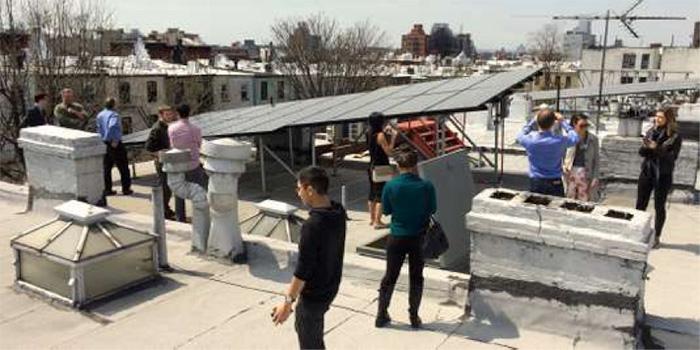 Fig. 4. Des habitants de Brooklyn ont créé leur micro-réseau d'énergie verte, facilité grâce à la technologie « blockchain » - Source : LO3 ENERGY.