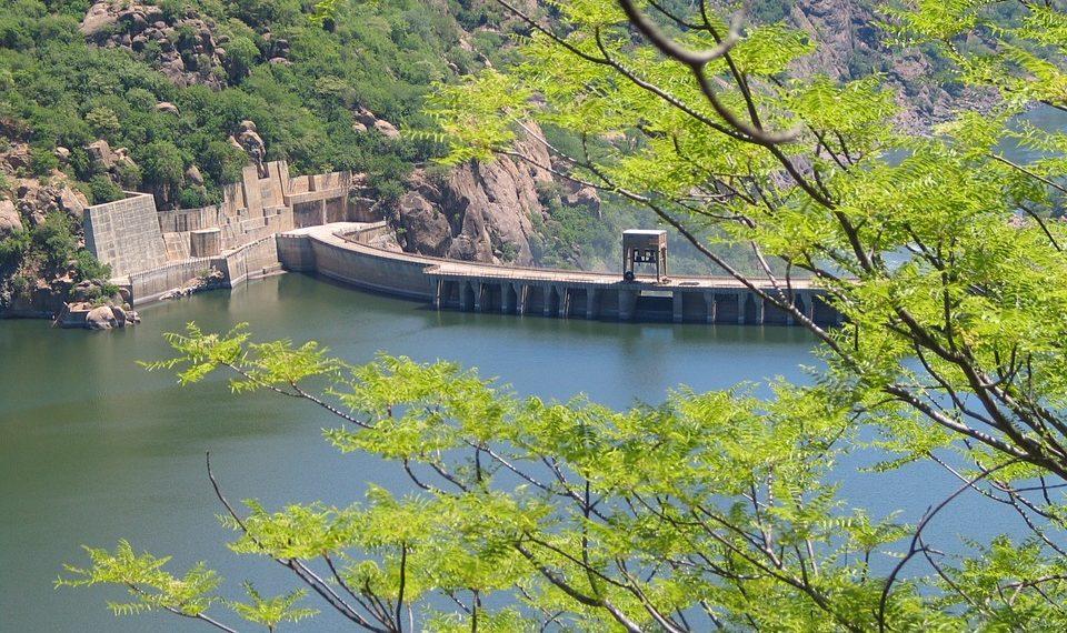 Hybridation des systèmes électriques : les atouts de l'hydroélectricité