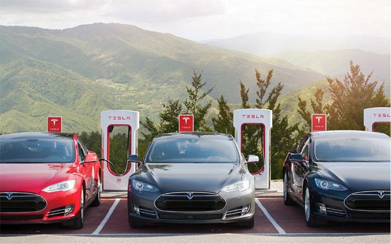 Fig. 11: Bornes Tesla en France