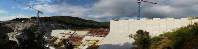 Fig. 4: Presa EDF de Rizzanese, en Córcega, 40 m de altura, tipo HCR