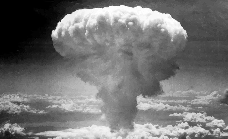 bombe atomique reactions nucléaires